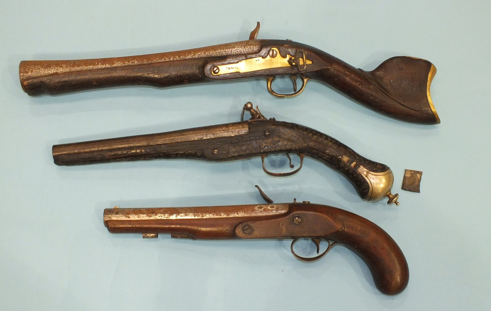 Lot 227 - A Turkish flintlock blunderbuss pistol with 29cm flared barrel and brass fittings, lock lacking
