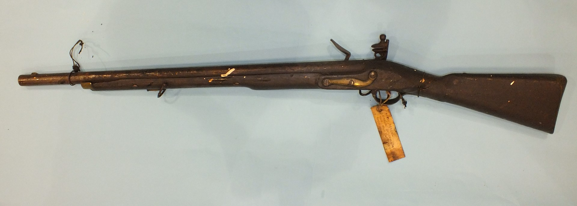 Lot 225 - A heavy dragoon 1796 pattern carbine, the flint lock with crowned 'GR' and stamped 'TOWER', the