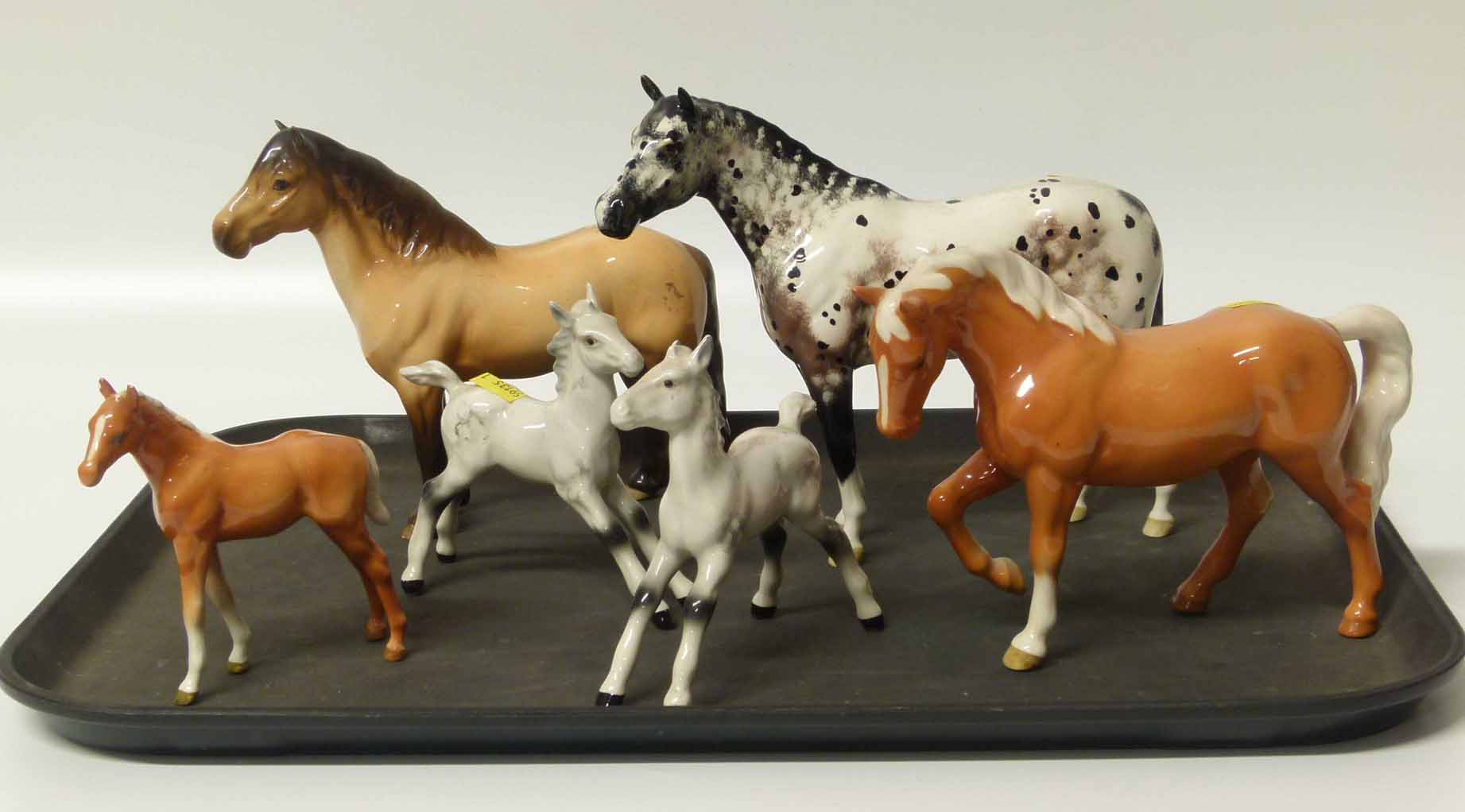 Beswick Appaloosa Horse Highland Pony Palmino Horse And Foal And Two Grey Foals Unfortunately W