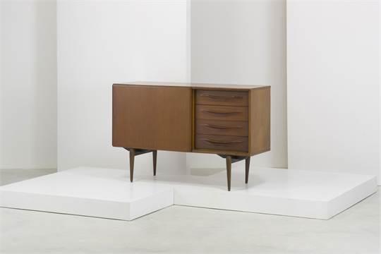 Mobili Anni 50 : A sideboard by amma credenza anni legno di teak cm