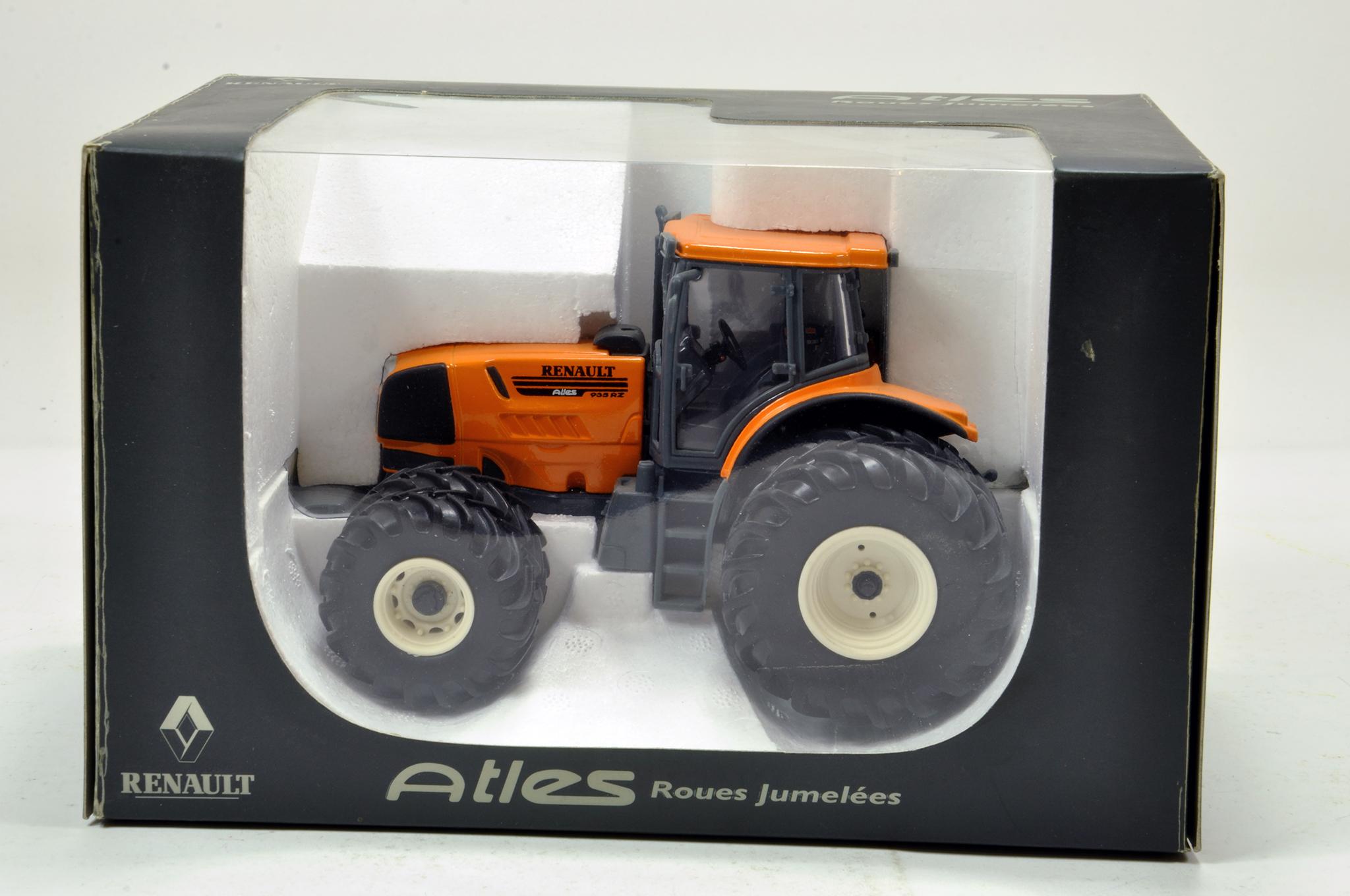 Lot 169 - Universal hobbies 1/32 Renault Atles 935RZ Dual Wheel Tractor. Generally excellent in box.