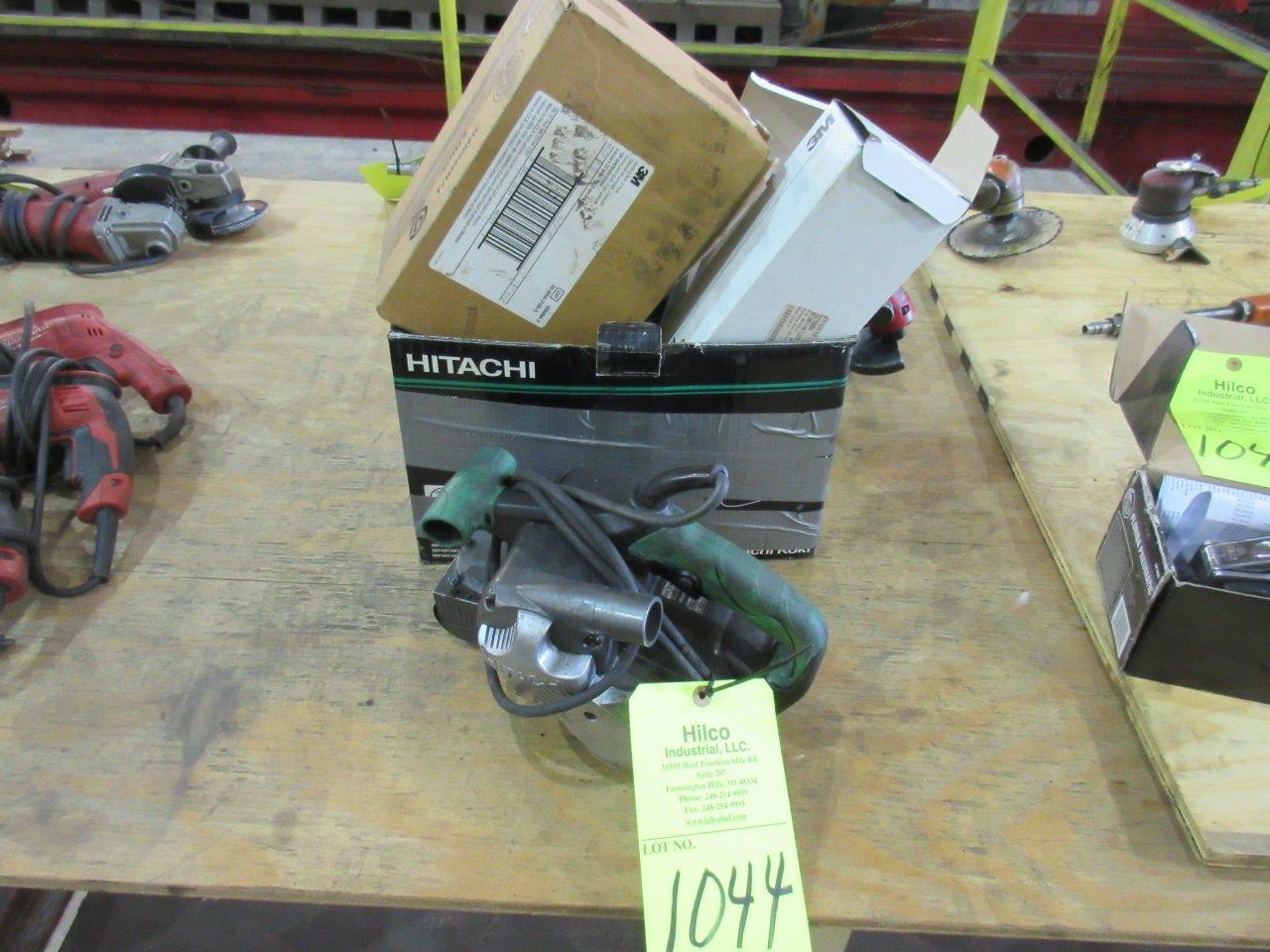 "Lot 1044 - Hitachi Model SB 8VS Electric 3"" x 21"" Belt Sander"