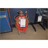 Tanker fueler-defueler/Pompe à essence TEMPO mod. FM3200 cap. 30 gal.