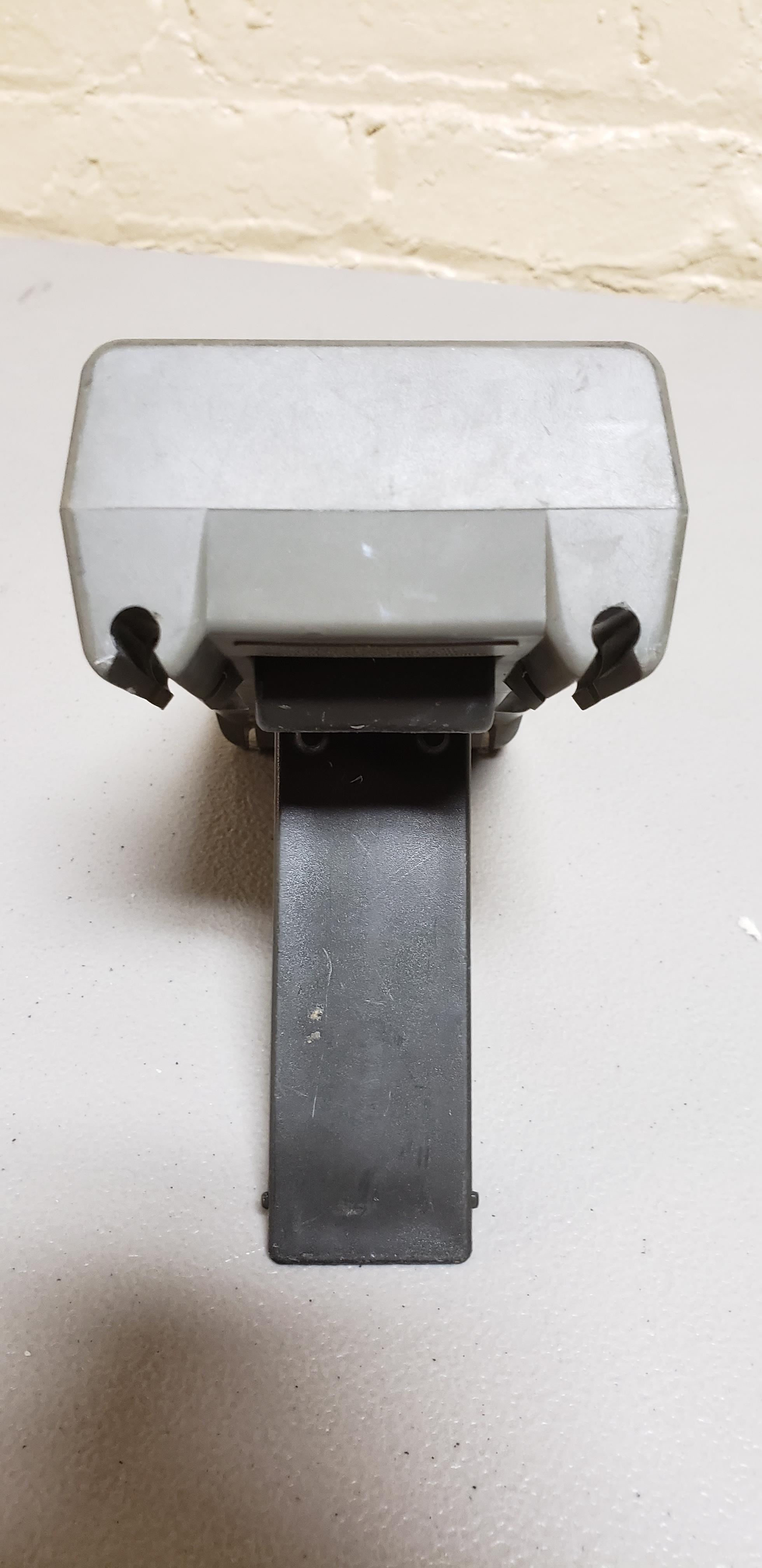 Lot 50 - Fluke 51 K/J Digital Thermometer