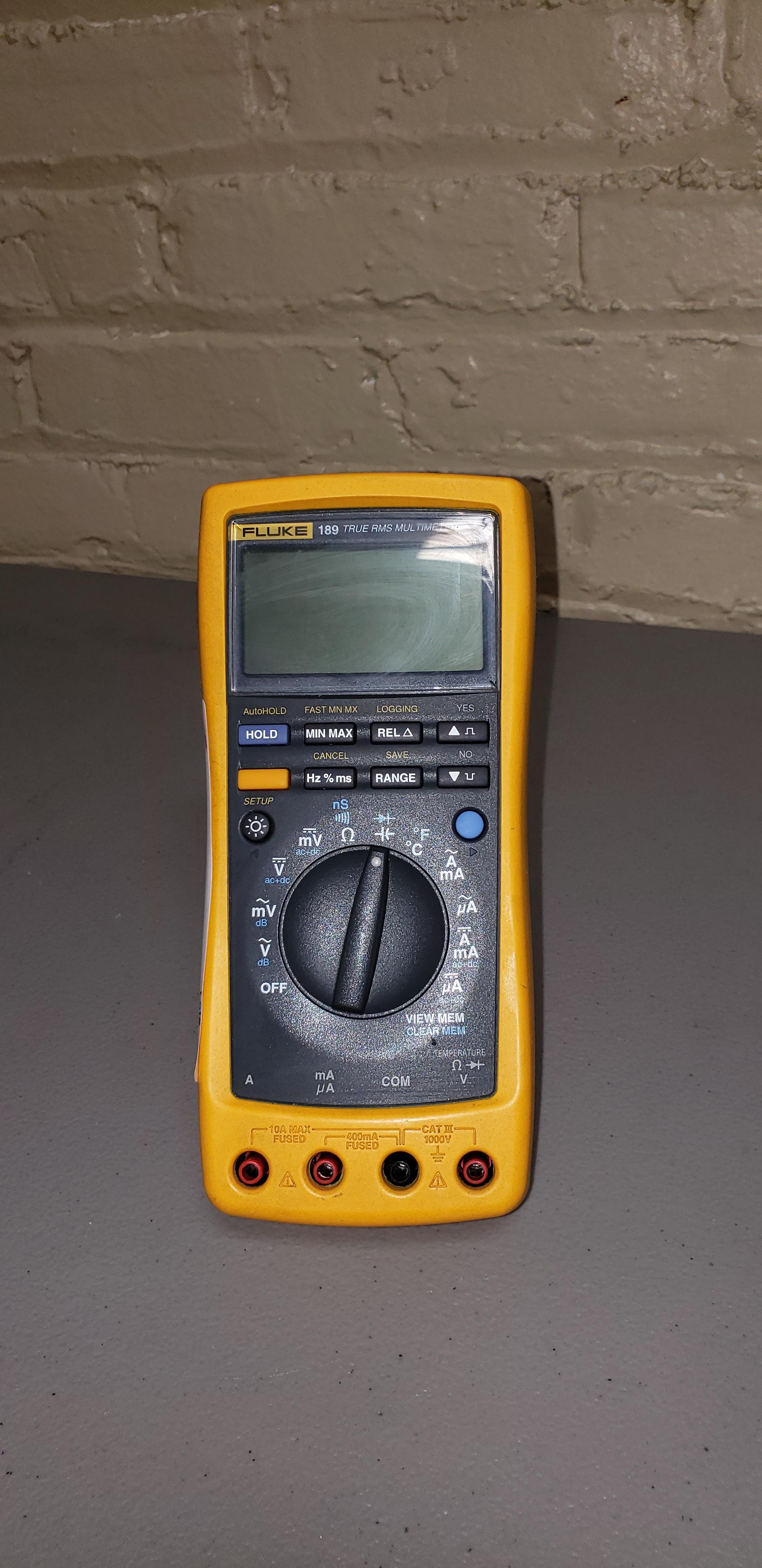 Lot 46 - Fluke Multimeter 189 True RMS Data Logging Digitial Multimeter