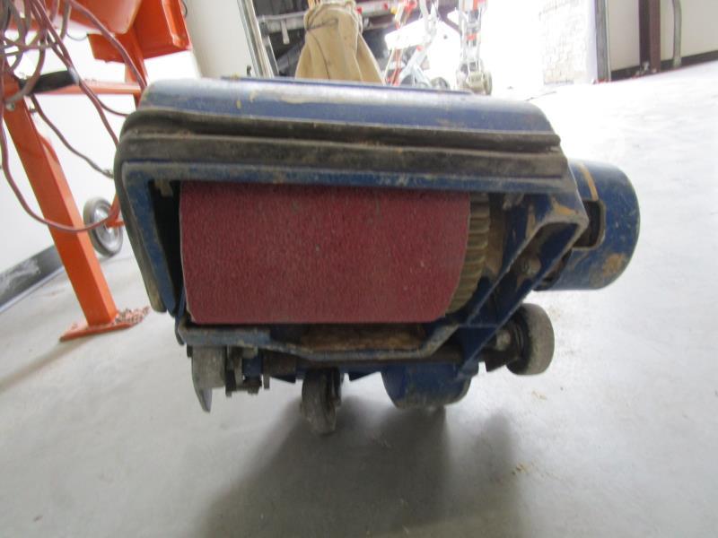 Lot 16 - American EZ-8 Belt Floor Sander, EZ-P Expander, SN: YA11CT