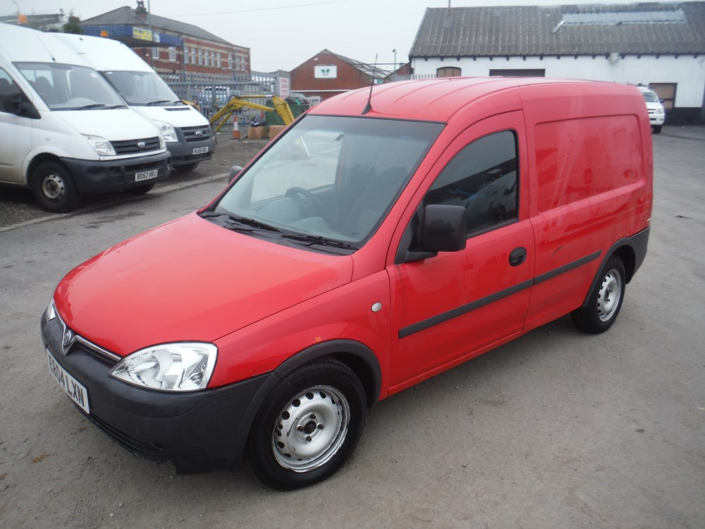 04 reg vauxhall combo 1700 di van 1st reg 07 04 test 06. Black Bedroom Furniture Sets. Home Design Ideas
