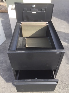 Lot 49 Top Loading Rolling File Cabinet