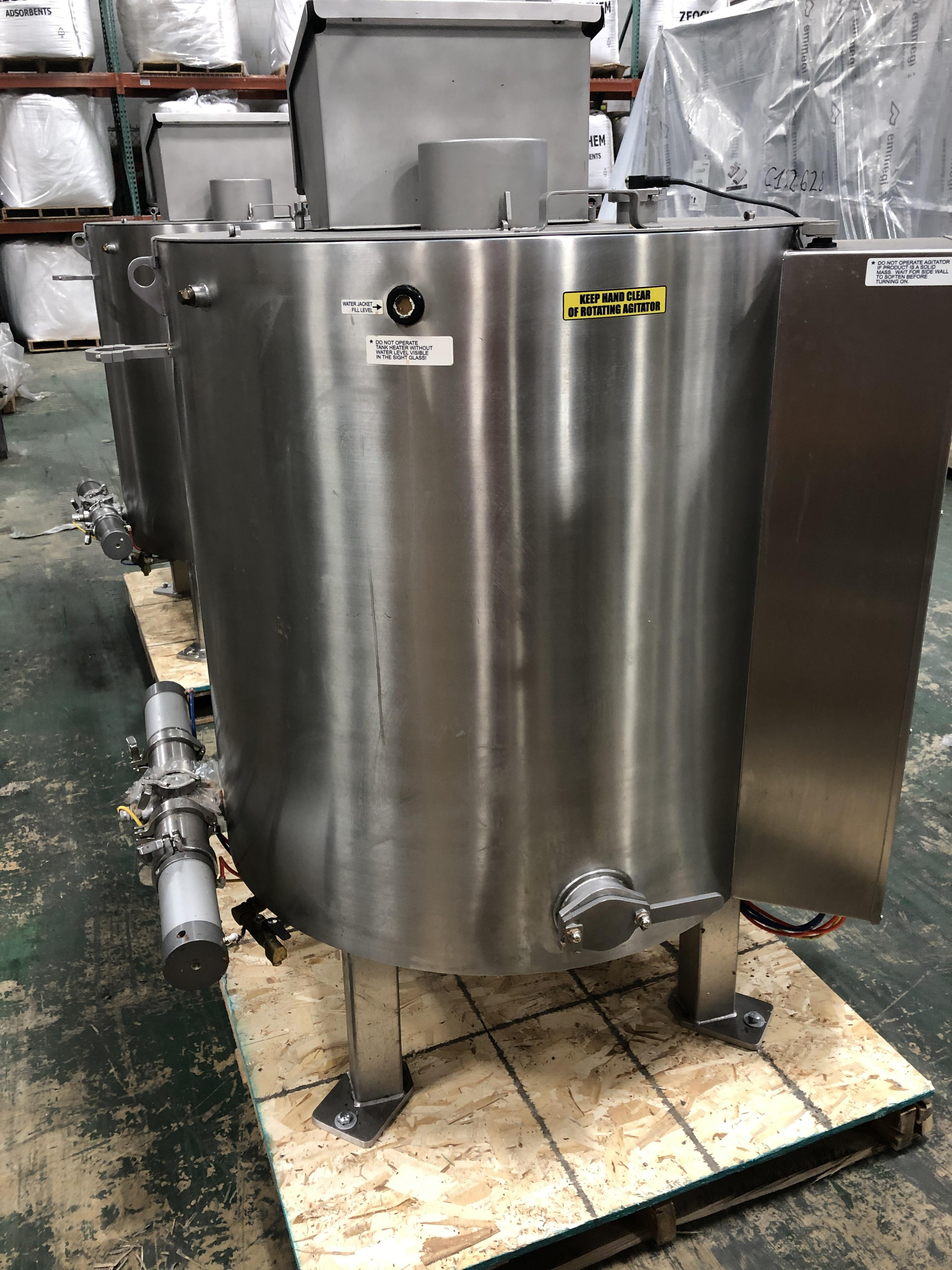 Lot 38 - Savage Stainless Steel 1250-lb Chocolate Melter, model 0974-36, with PLC touchscreen controls,