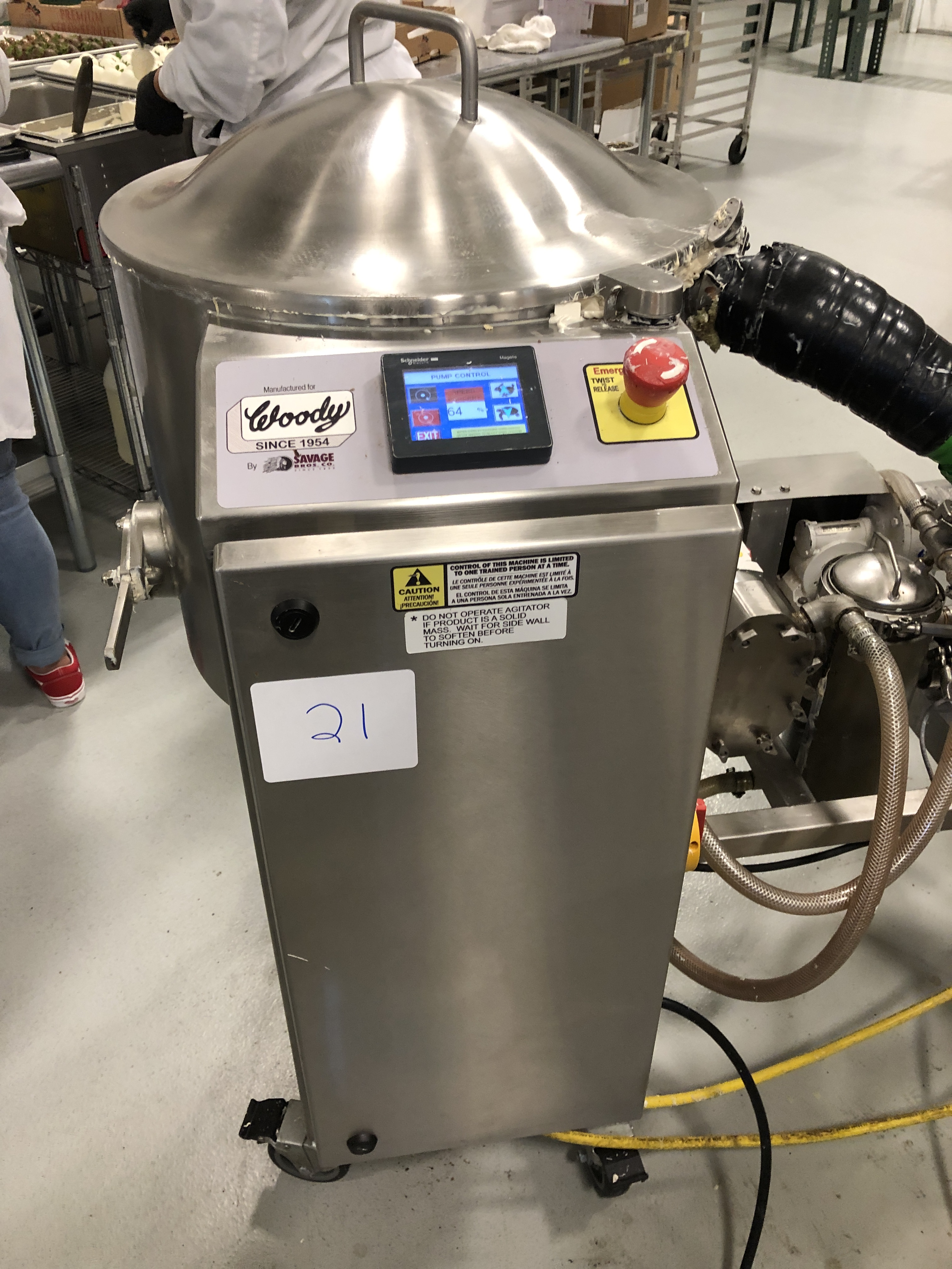 Lot 15 - Savage/Woody 125 lb Stainless Steel Chocolate Melter with Touchscreen controls, jacketed and