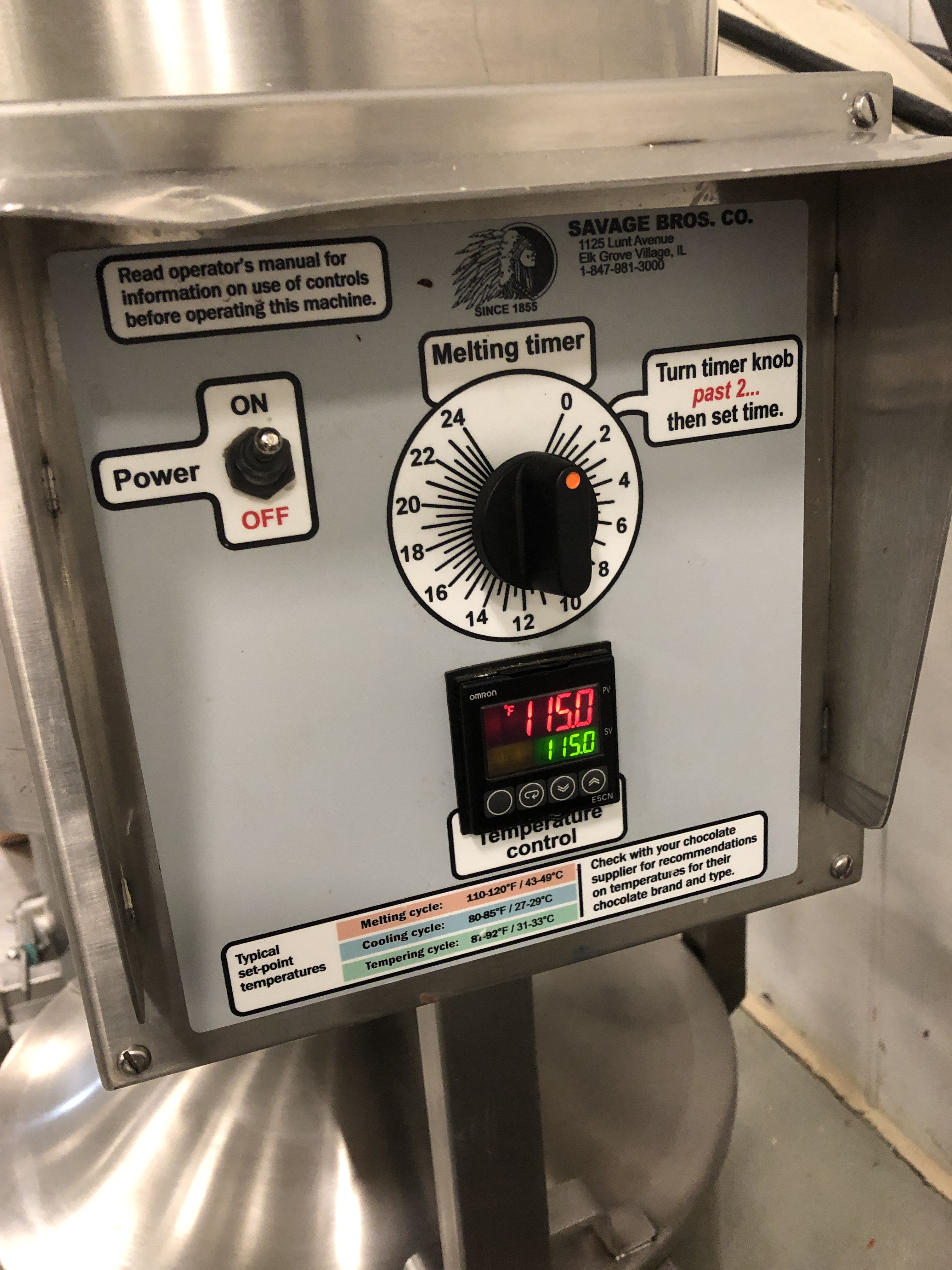 Lot 25 - Savage 125 lb/125 lb Stainless Steel Stack Chocolate Melter, model 0982-40. Jacketed and agitated,