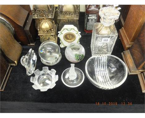A quantity of assorted glassware mostly A/F including Lalique and a Baccarat crystal ball