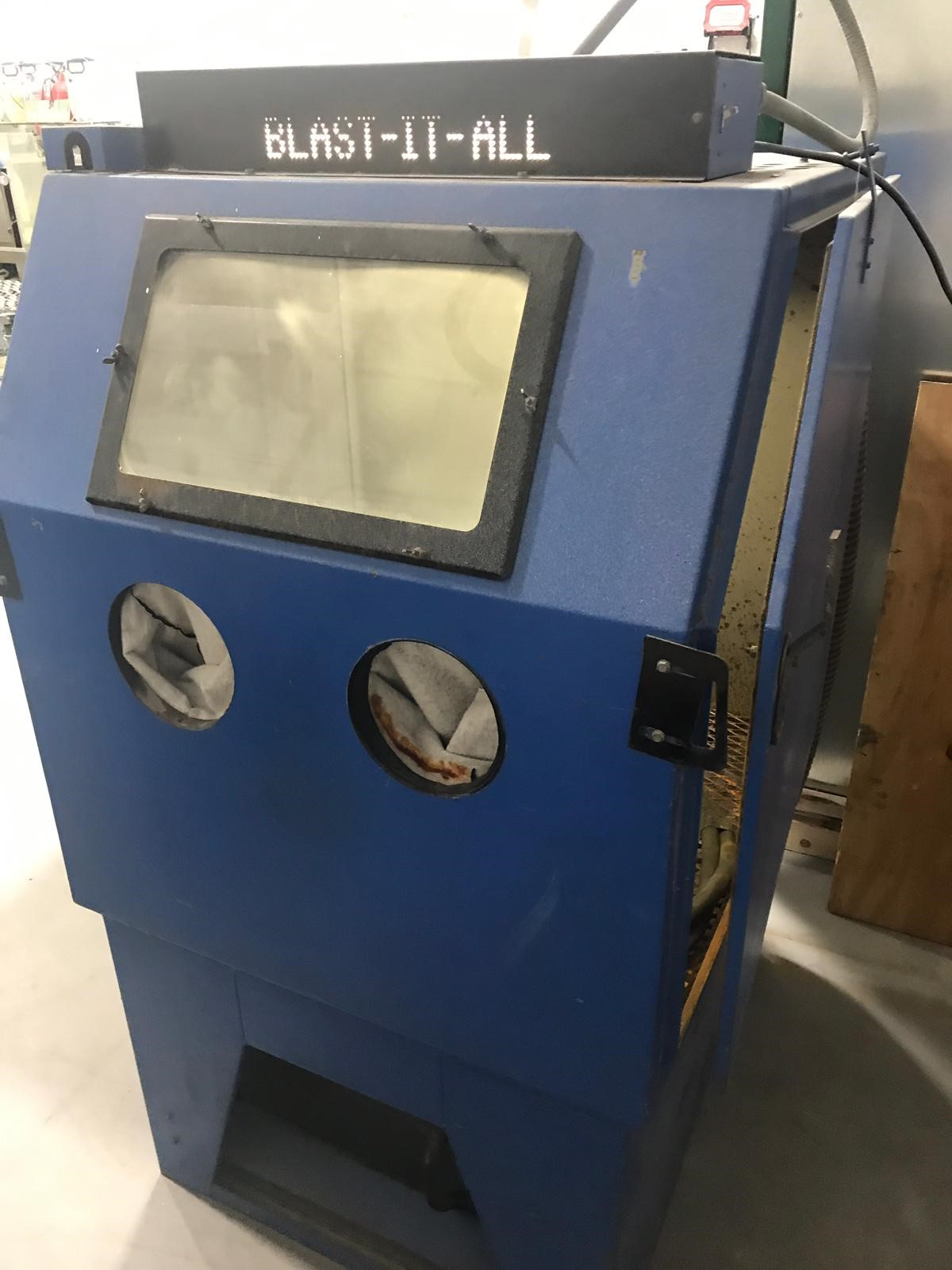 "Lot 4 - BLAST-IT-ALL Sandblasting Unit - 38"" x 36"" x 70""H"
