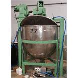 """Approx 550 Gallon Stainless Steel Kettle on Painted frame 2"""" bottom Centre Discharge, Extra Wide"""