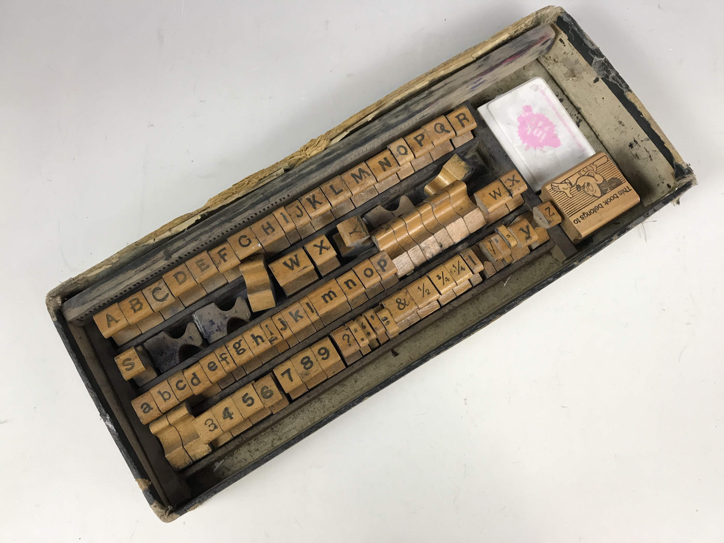 Lot 20 - A vintage alphabet wooden printing block set