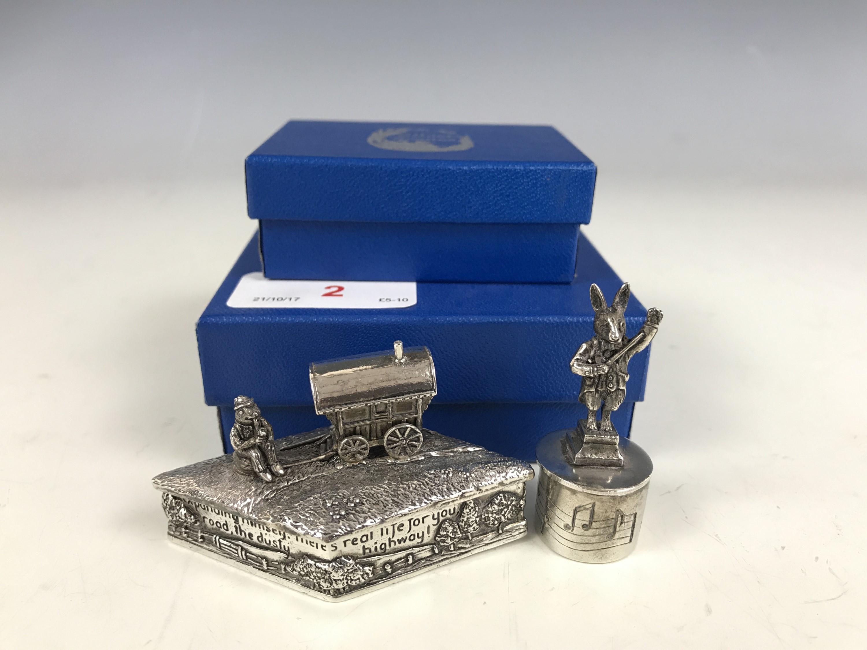 Lot 2 - Two modern boxed Silverscreens trinket boxes