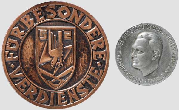 Los 6497 - Medaille für besondere Verdienste im KG 52 und Hermann Göring Medaille In Leichtmetall (