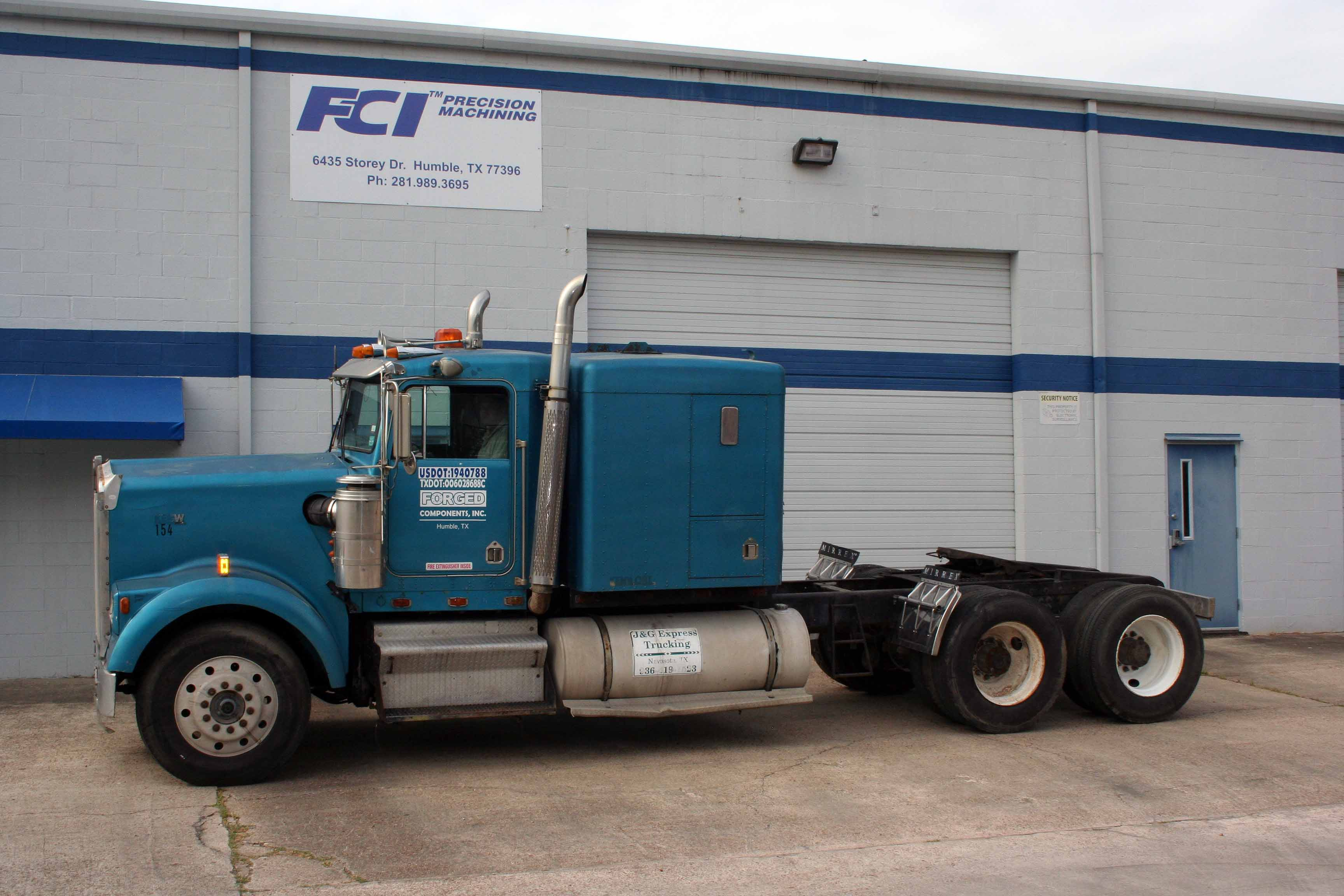 Lot 9 - TRACTOR, KENWORTH, new 1985, S/N 1XKWD9X4FK325939 (Location 1)