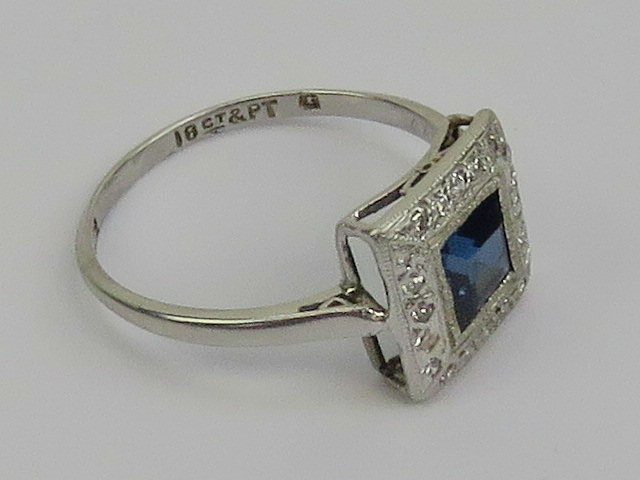 An Art Deco platinum and 18ct white gold - Image 2 of 3