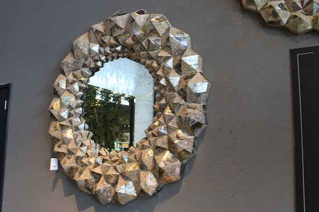 Lot 16 - Mirror Cave Large earthy tones and the amalgamation of the variations of textures within this