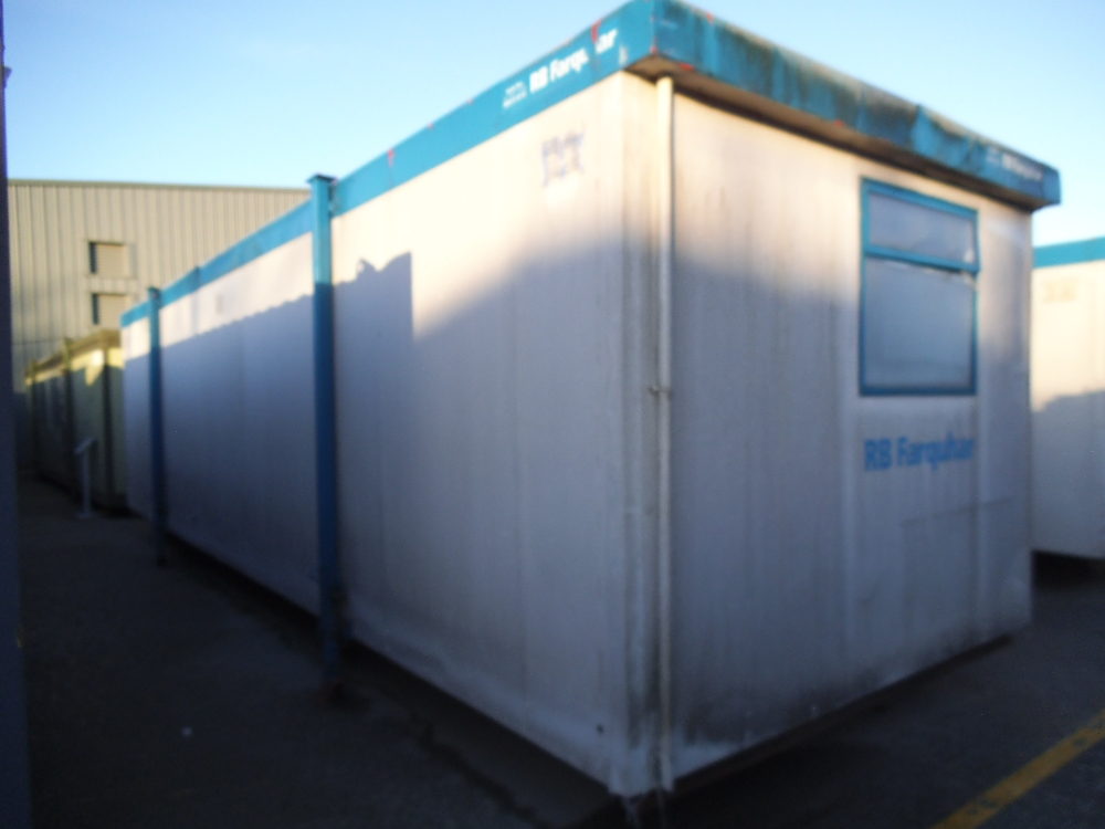 Rbfb9083 32ft x 10ft steel clad jack leg open plan office for 10ft by 10ft room
