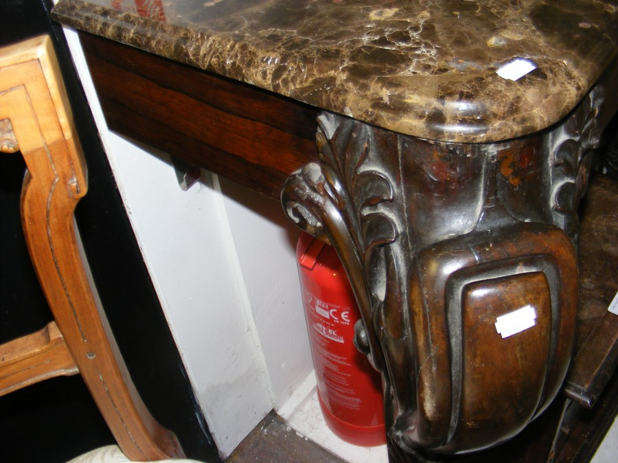 A decoratively carved console table with cabriole - Image 4 of 16