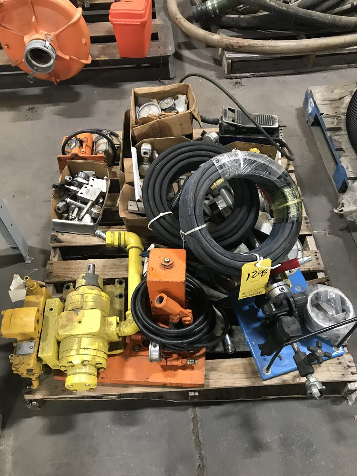 Lot 129B - Pump Equipment (LOCATION 1: 3421 N SYLVANIA, FT WORTH, TX, 76111)