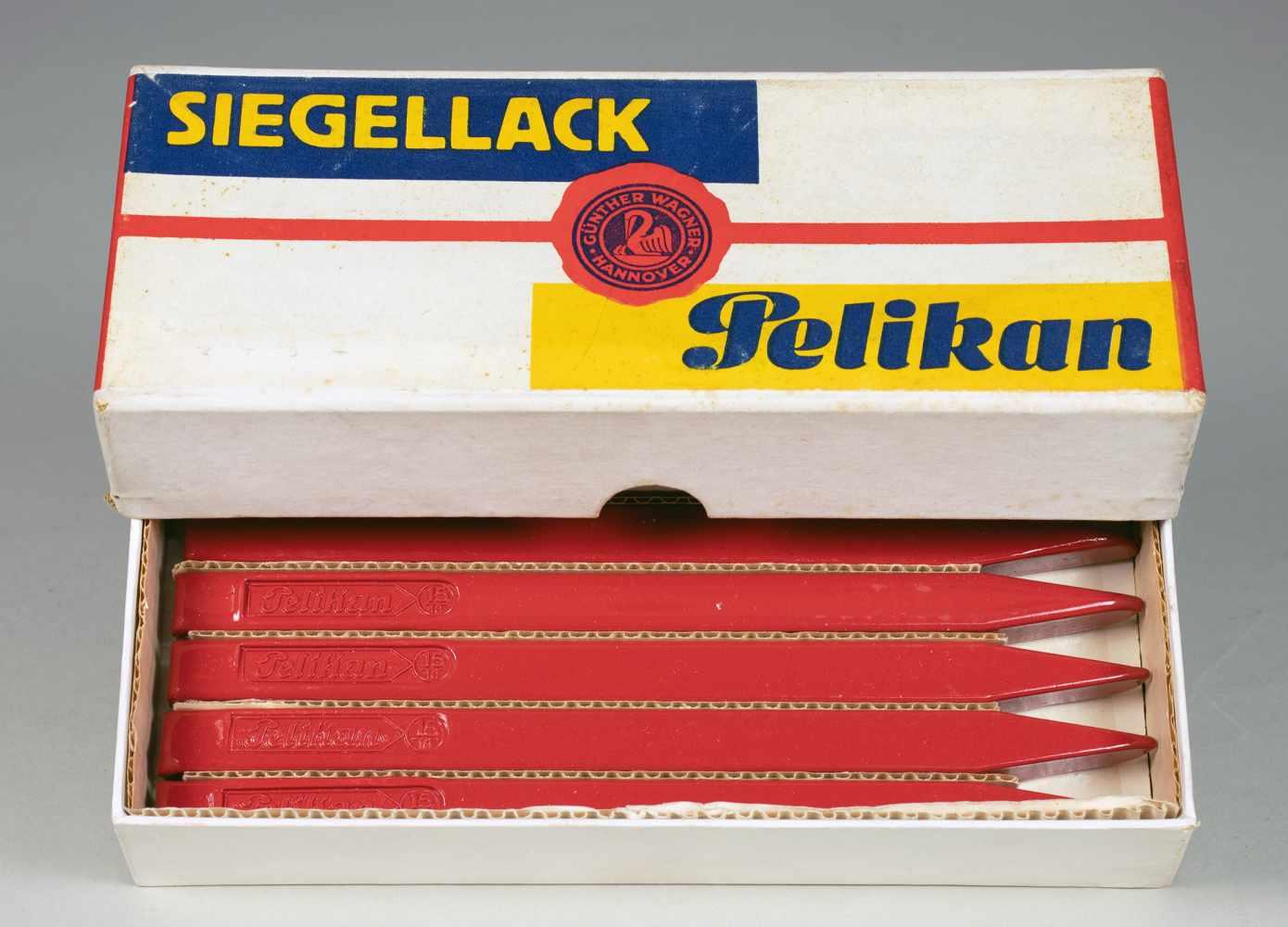 El Lissitzky - Pelikan Siegellack. Originalkartonschachtel mit farbiger Banderole. Entwurf: El - Image 2 of 3