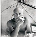 Willy Maywald. Pablo Picasso, am Strand nahe Vallauris. Fotografie. 1947/1989. 30,0 : 30,0 cm.