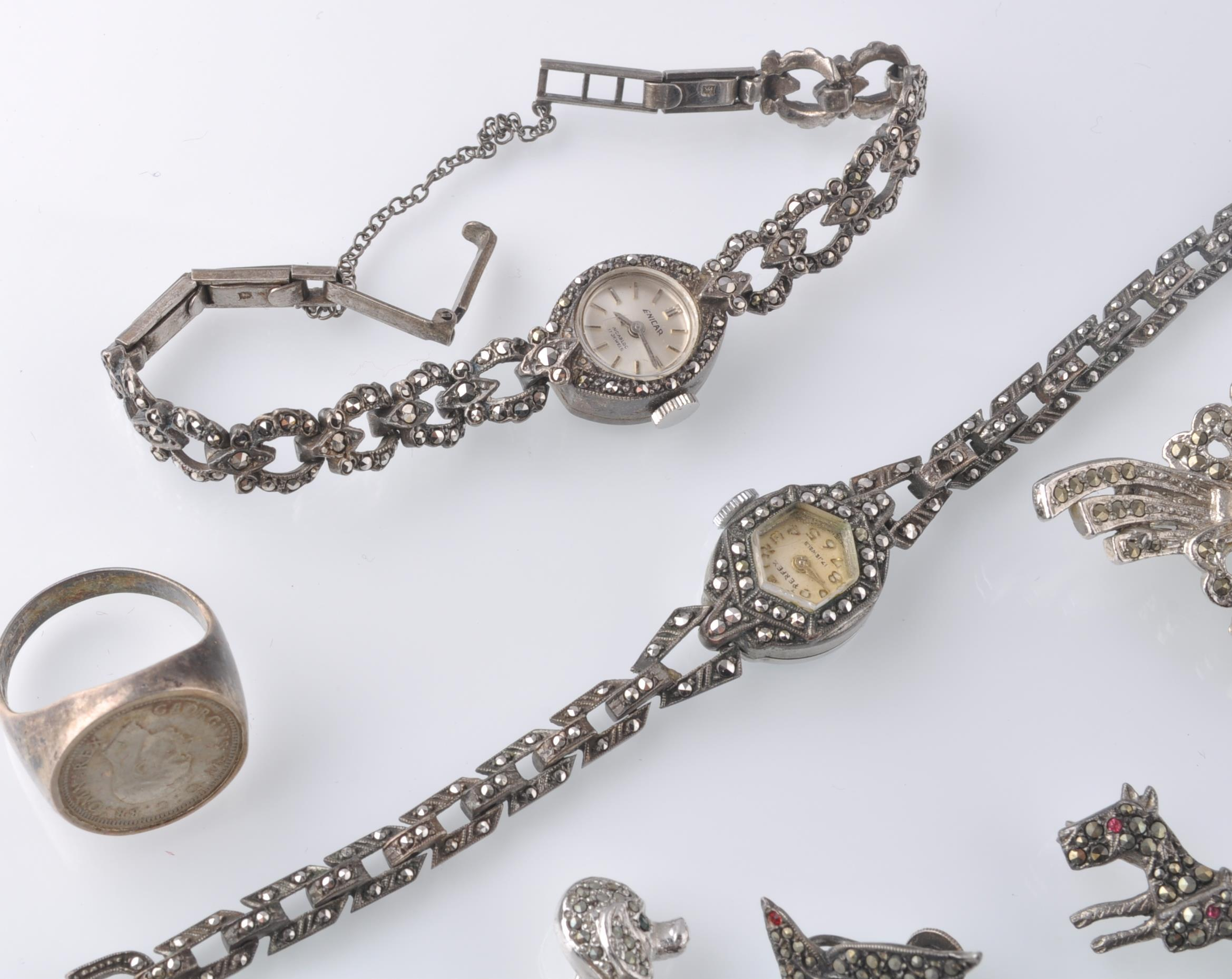 LARGE SELECTION OF SILVER AND WHITE METAL JEWELLER - Image 9 of 13