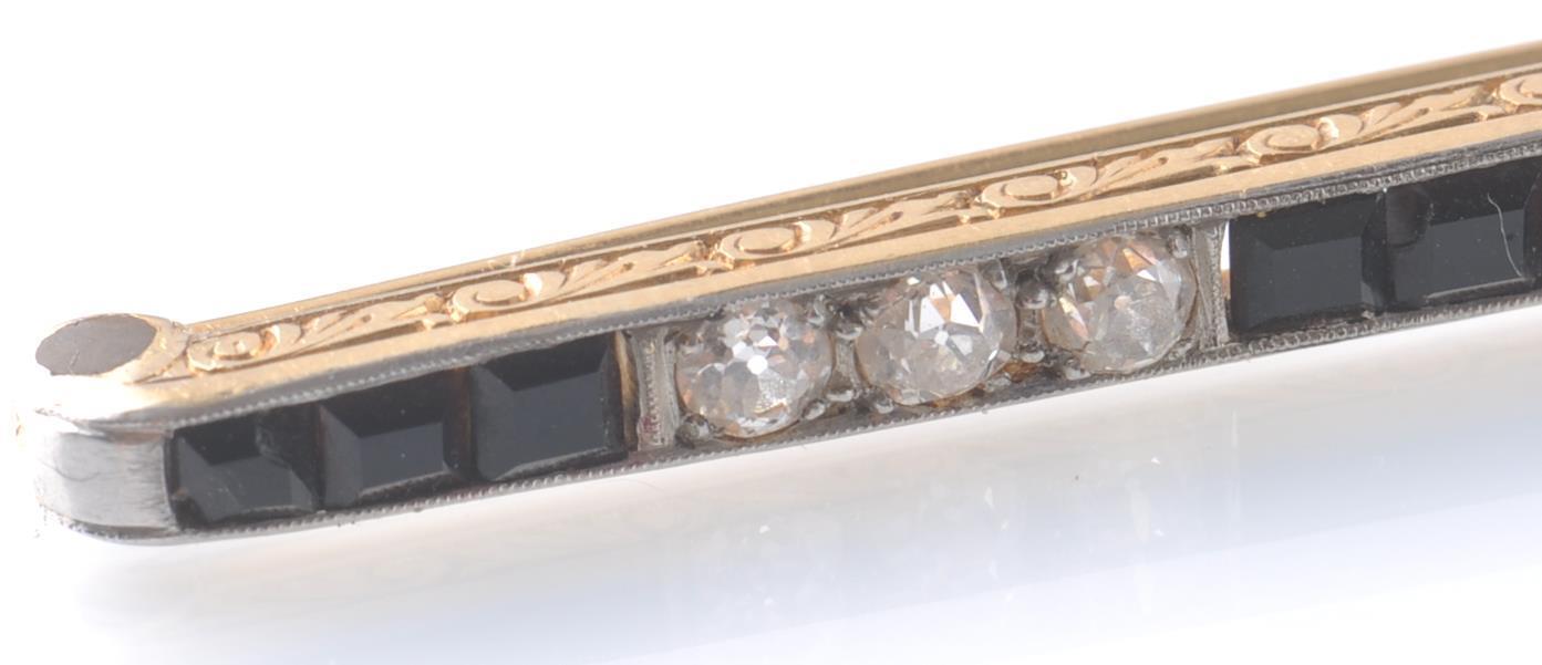 1930'S ART DECO LARGE BLACK ONYX AND DIAMOND BAR B - Image 4 of 9