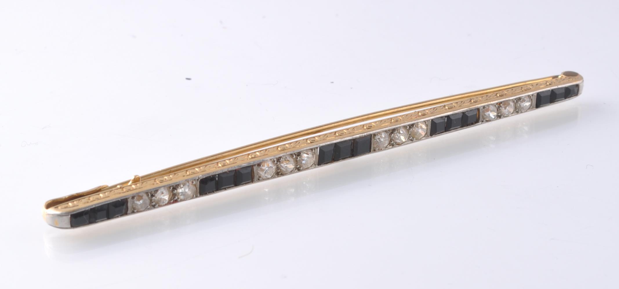 1930'S ART DECO LARGE BLACK ONYX AND DIAMOND BAR B - Image 8 of 9