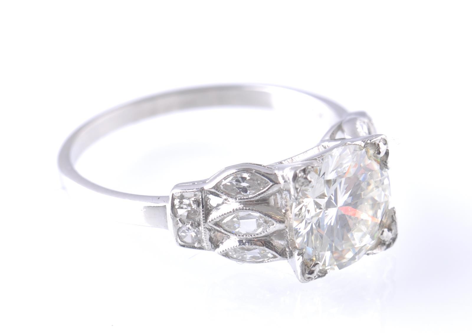 ART DECO PLATINUM AND DIAMOND SOLITAIRE 2CT RING - Image 2 of 5