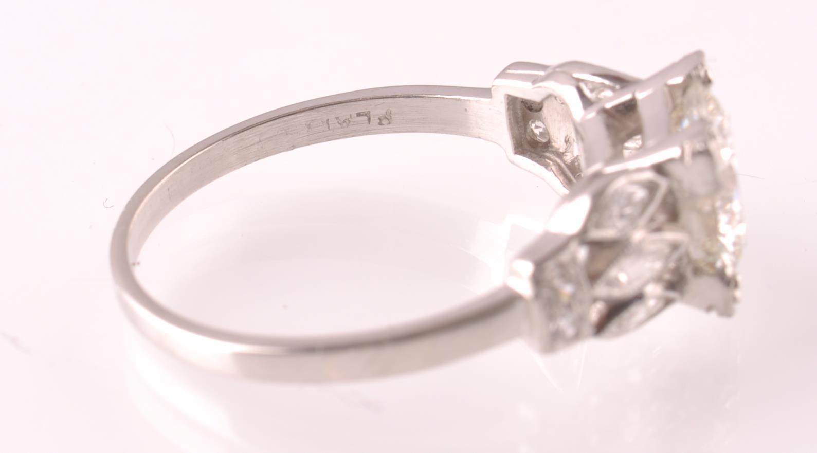 ART DECO PLATINUM AND DIAMOND SOLITAIRE 2CT RING - Image 5 of 5