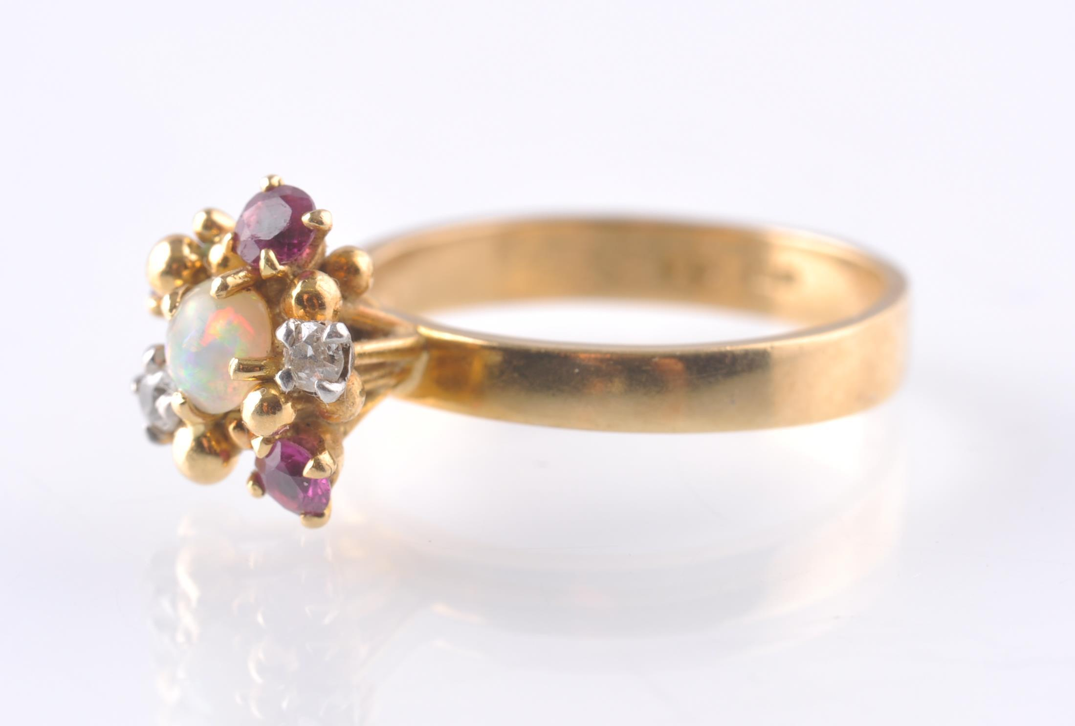 A HALLMARKED OPAL RUBY AND DIAMOND CLUSTER RING - Image 3 of 4