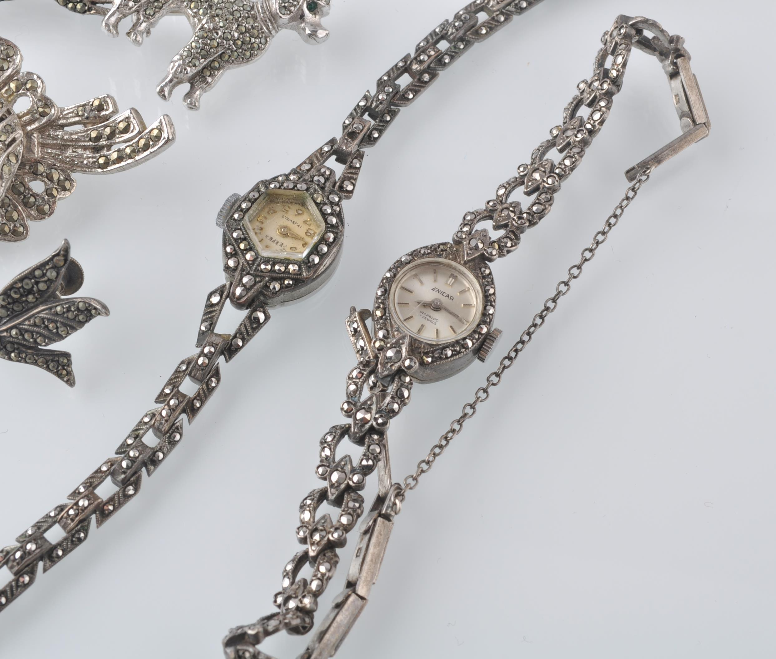 LARGE SELECTION OF SILVER AND WHITE METAL JEWELLER - Image 13 of 13