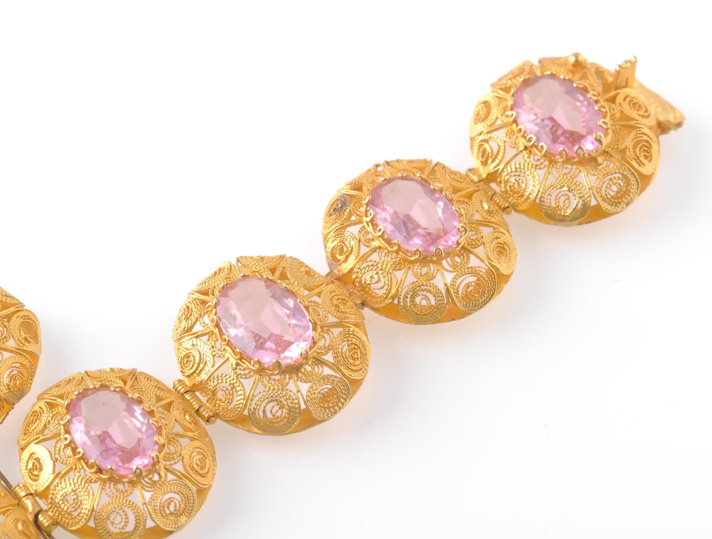 A GOLD FILIGREE AND PINK STONE BRACELET WITH PIN - Image 3 of 9