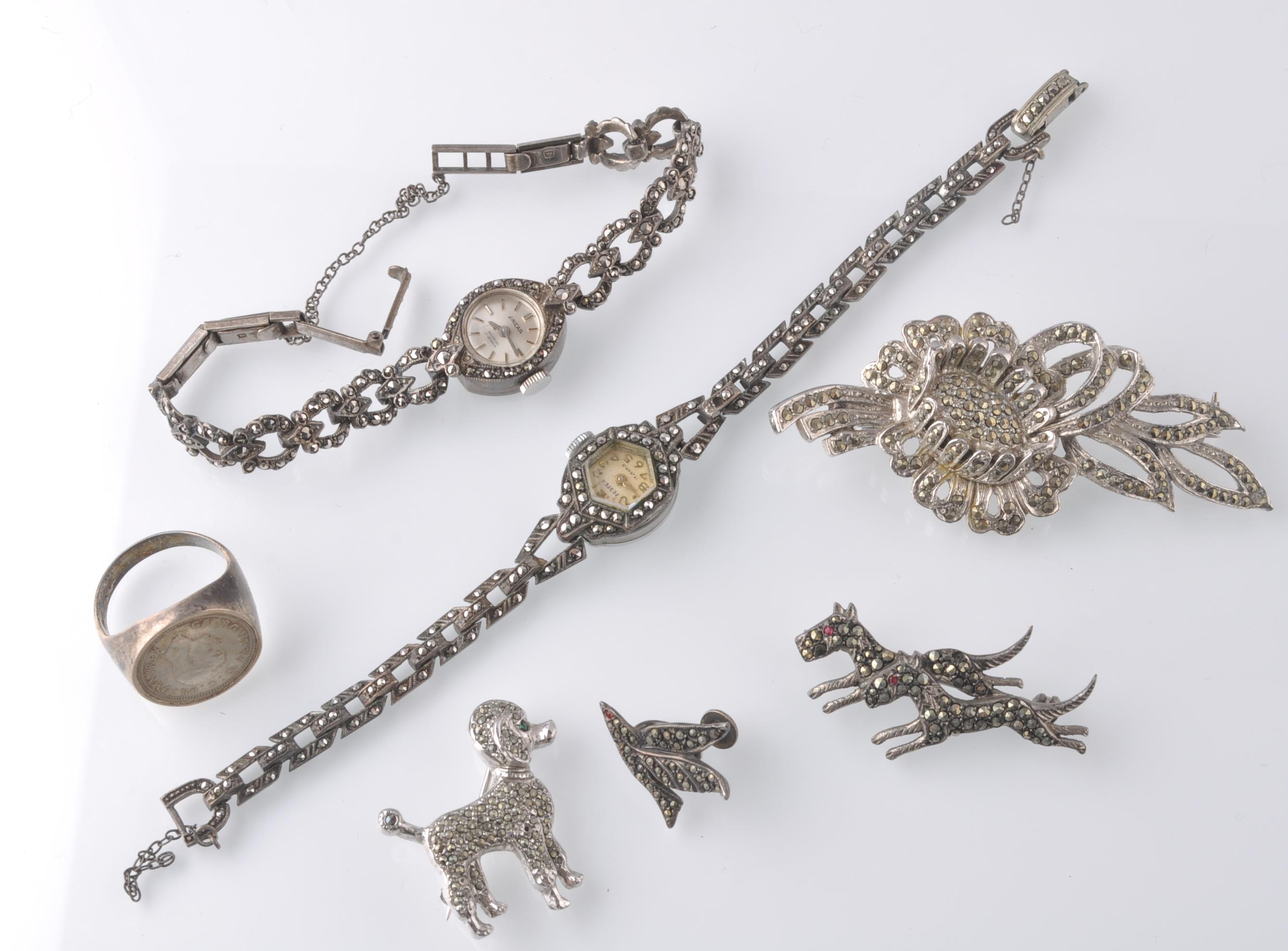 LARGE SELECTION OF SILVER AND WHITE METAL JEWELLER - Image 7 of 13