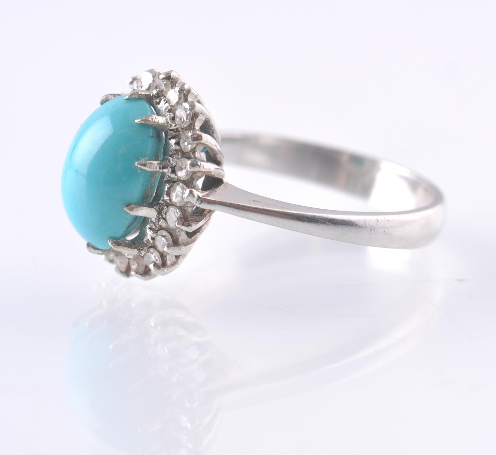 AN 18CT WHITE GOLD TURQUOISE AND DIAMOND OVAL CLUS - Image 2 of 4
