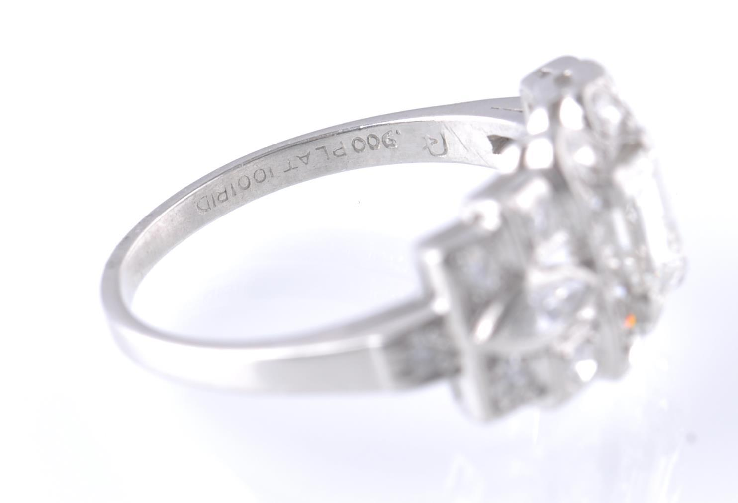 ART DECO PLATINUM AND DIAMOND RING EMERALD AND MAR - Image 5 of 5