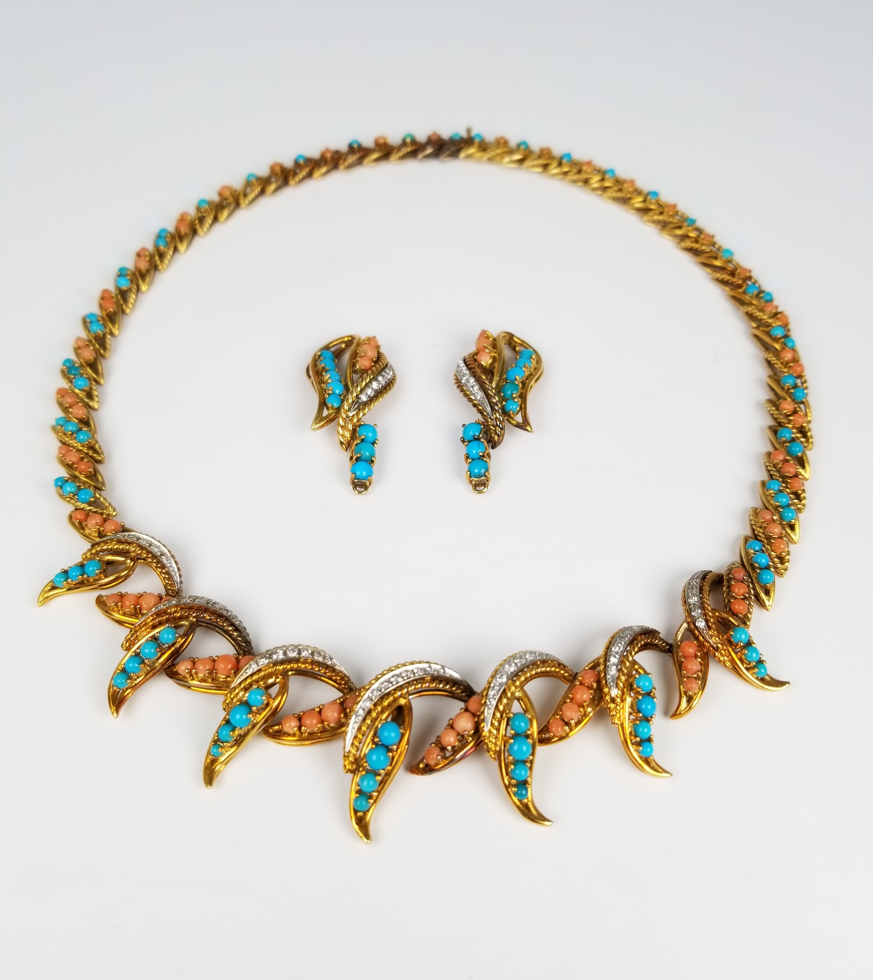Lot 37 - 18K Gold Turquoise & Coral Necklace Set