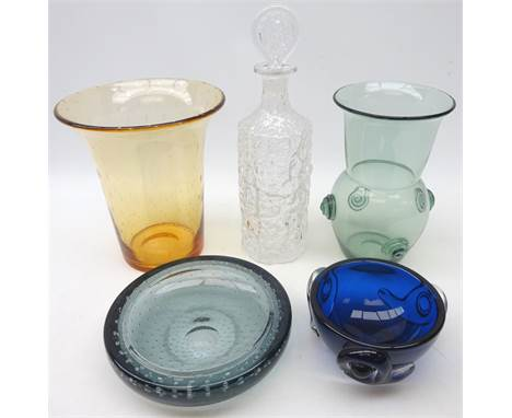 Whitefriars pale amber encased bubble pattern bell shaped vase, H23cm & sea green circular dish & a Glacier design glass deca