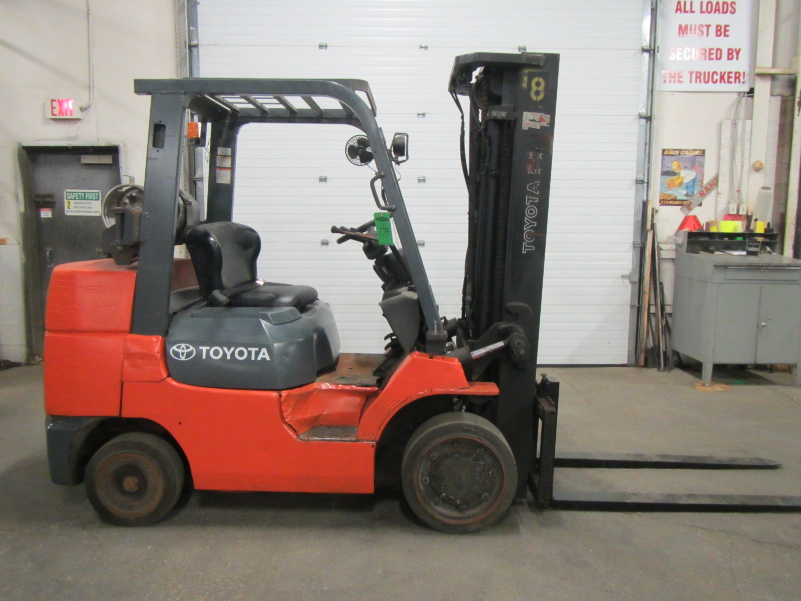 Lot 174 - 2009 Toyota model 7FGCU35 7250lbs capacity forklift - LPG (propane gas) & 3-stage mast & 5 foot