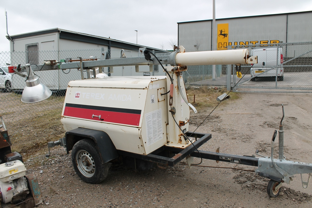 Lot 2016 - TEREX LIGHTING TOWER KEY IN PC