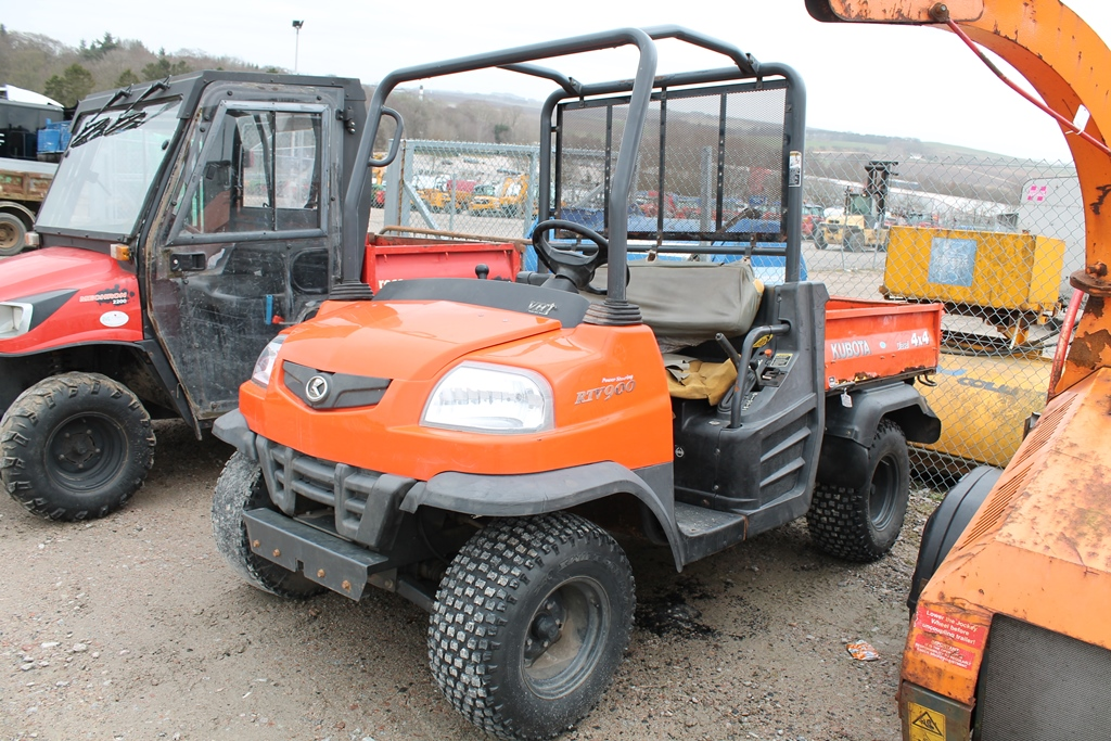 Lot 2002 - KUBOTA RTV900 61663 (2007) KEY IN PC + MANUAL