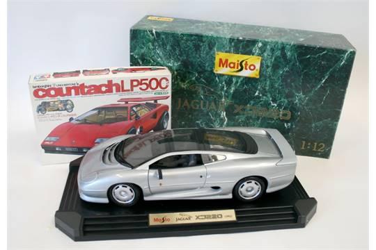 Maisto Jaguar Xj220 1 12 Scale Model Silver Body And Lamborghini