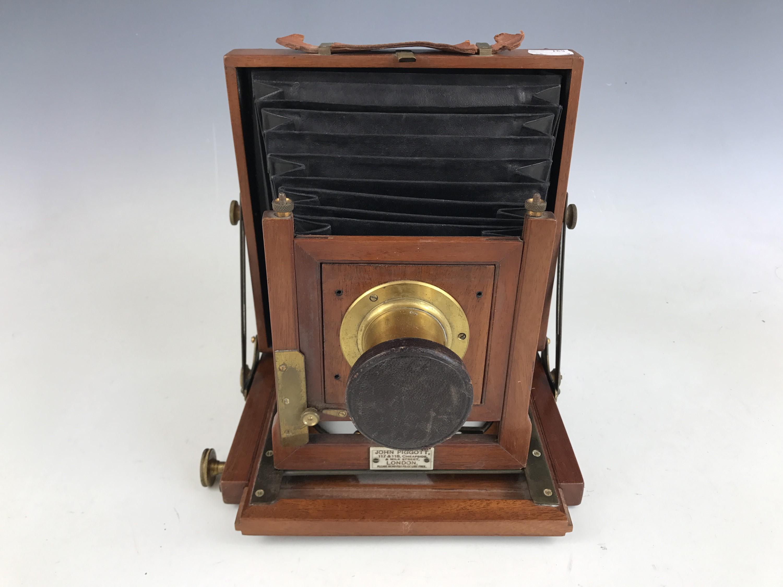 Lot 21 - A Victorian half-plate field camera by John Piggott, 117 & 118 Cheapside & Milk Street, London,