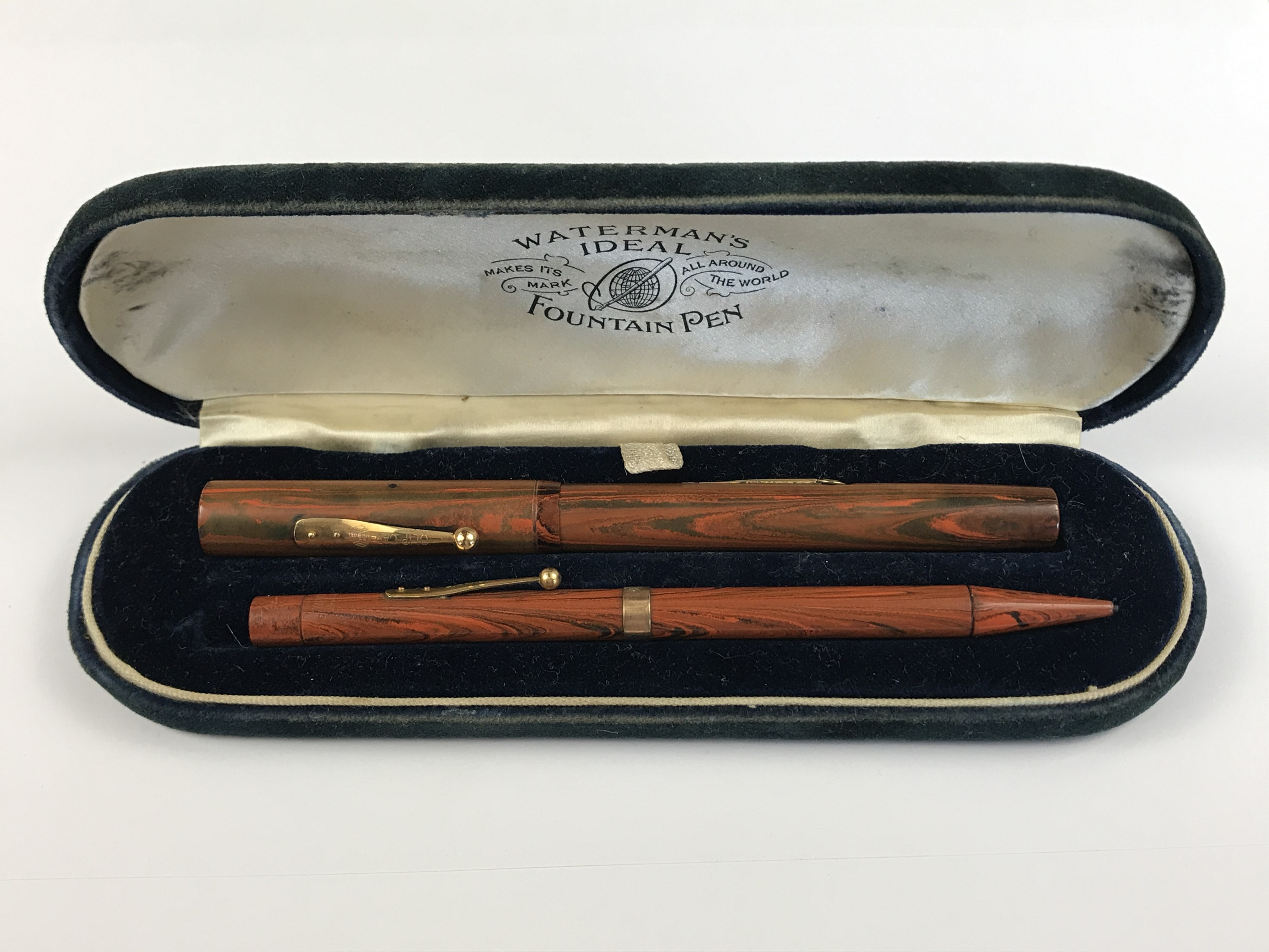 "Lot 1 - A 1920s Waterman's Ideal ""woodgrain"" combination writing set, comprising fountain pen and pencil,"