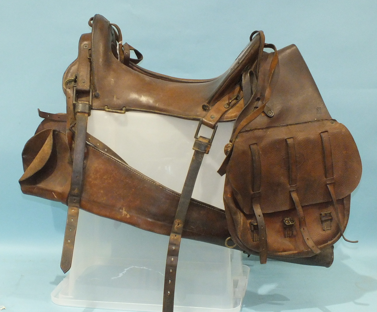 Lot 613 - A 1904 pattern US Army McClellan leather saddle with 11½'' seat, stamped on shield escutcheons to