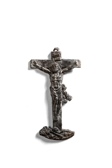 Lot 59 - A lead crucifix, 17th or 18th century and a figure of Christ